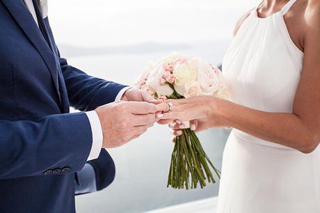 intimate-dreamy-wedding-santorini_19
