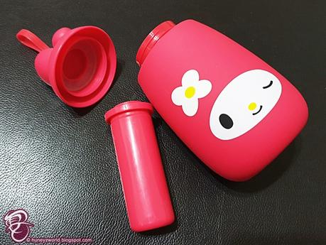 "Don't Miss Out On These Adorable Sanrio ""Lock & Go"" Containers & Water Bottles At 7-Eleven"