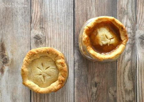 Mason Jar Apple Pies