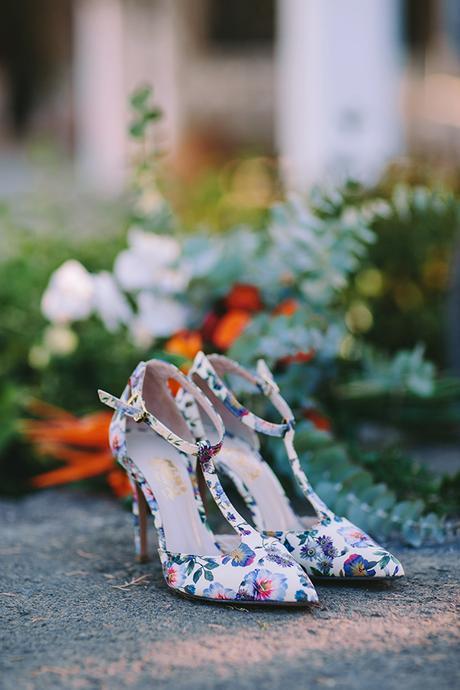 modern-vibrant-bridal-shoot-athens__5