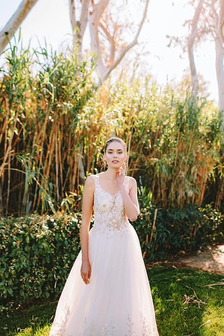 modern-vibrant-bridal-shoot-athens__29