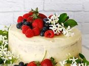 Vanilla Buttermilk Cake with Berries
