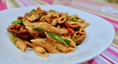 Home-made red pesto pasta dinner!