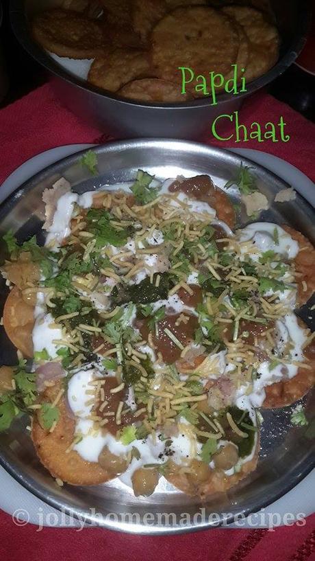 https://www.jollyhomemaderecipes.com/2015/08/papdi-chaat-recipe-how-to-make-delhi.html