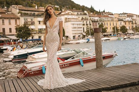 classic-flawless-wedding-dresses-berta_17