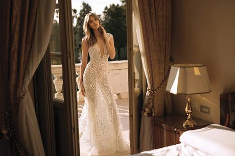 classic-flawless-wedding-dresses-berta_06