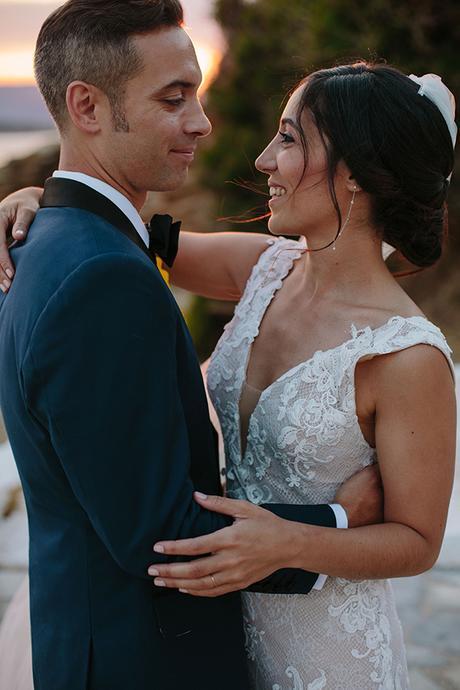 beautiful-rustic-destination-wedding-andros_02