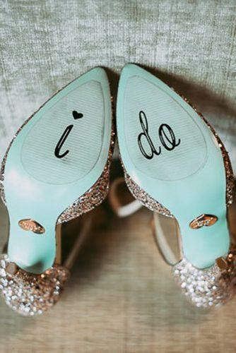 wedding shoe ideas decals sequins jamie y photography