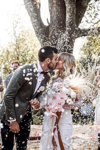modern love songs bride and groom kissing