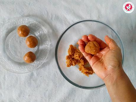 Mixed Nuts and Poha Ladoo