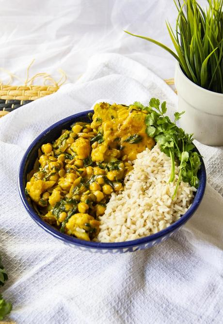 Chickpea & Spinach Coconut Curry with Chickpea Dumplings - Vegan Recipe