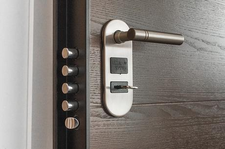 6 Security Factors To Keep in Mind When Changing Your Home Locks