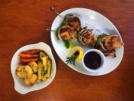 Food: Go Greek this Christmas with the Christmas Menu at Yiamas