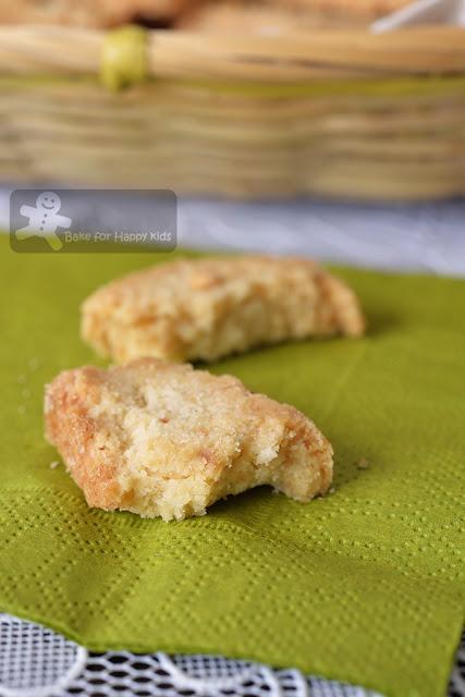 vegan coconut biscotti