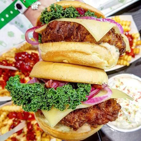 Eating Out|| Shake Shack, Xmas Shack