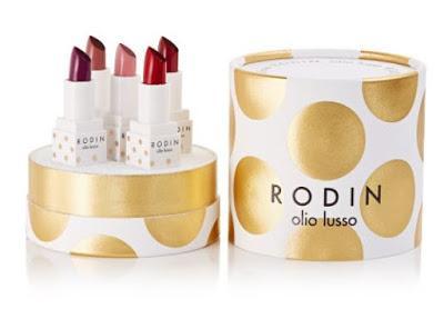 Shopping, Style and Us: India's Best Shopping and Self-Help Blog - World of Mini Lipsticks RODIN Holiday 2018 - Mini Lipsick Coffret ($71 = Rs.5006.92)