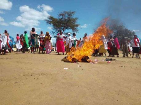 Wanavuta Bhangi kupindukia! Samburu residents protest over violent children smoking weed and terrorizing them