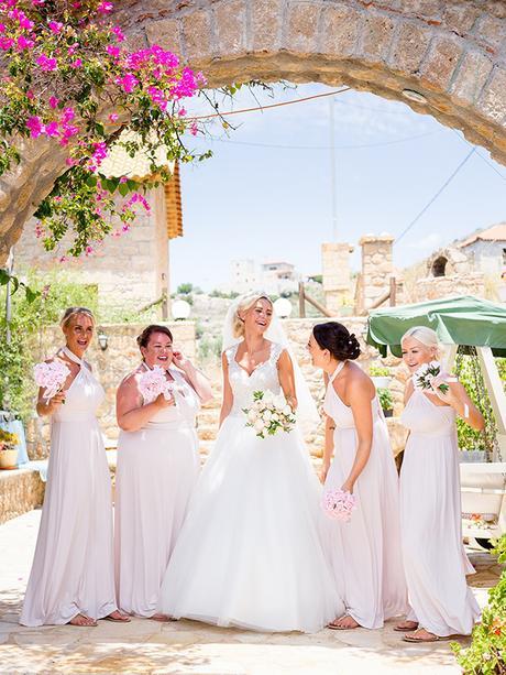 rustic-wedding-white-soft-pink-hues_09