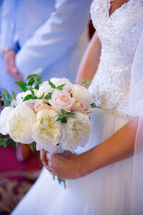 rustic-wedding-white-soft-pink-hues_18