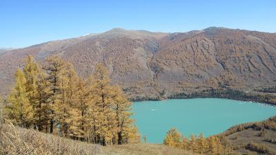Travel Guide: Kanas Lake