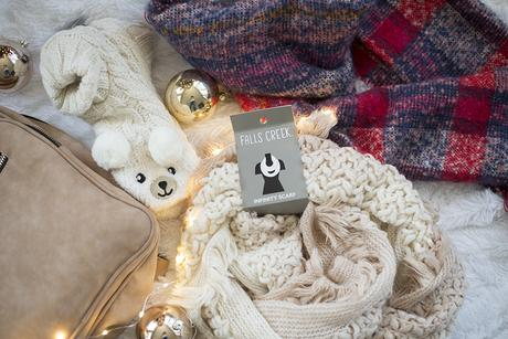 Christmas style: Neutrals + Last Minute Gift Ideas