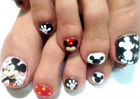 mickey mouse toe nail