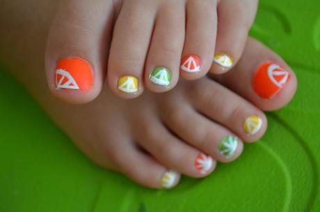 summer toe nails