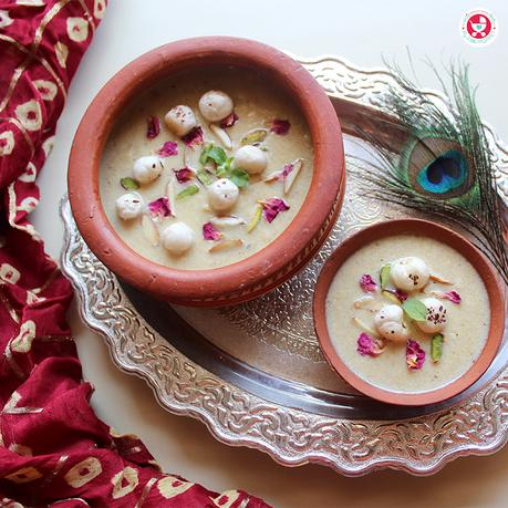 Makhana kheer is a sweet pudding made from foxnut seeds and milk. This kheer is not just extraordinarily tasty, it's calcium and protein rich too.