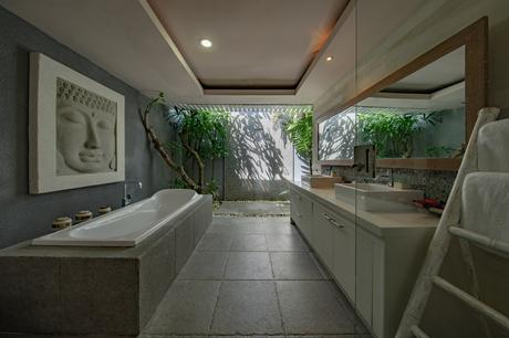 bathtub buying guide undermount tub stone surround