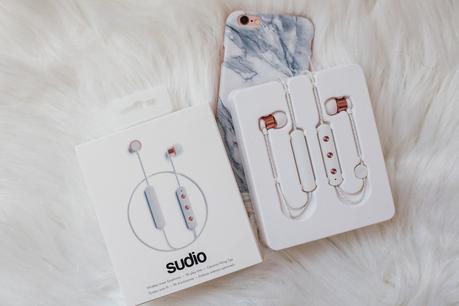 Sudio Rose Gold Wireless Earphones