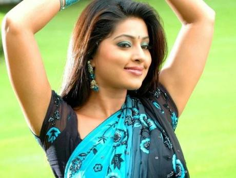 Top 15 Hottest South Indian Actresses