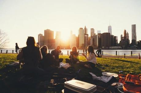 friends-picnic- sharing ideas