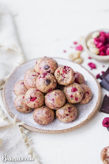 These Raspberry Dark Chocolate Energy Bites are deliciously filling and laced with the bold flavorof raspberries and shards of dark chocolate. They make the perfect gluten-free, paleo, and vegan snack or treat.