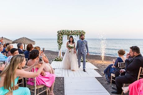 dreamy-wedding-santorini-peach-white-colors_21