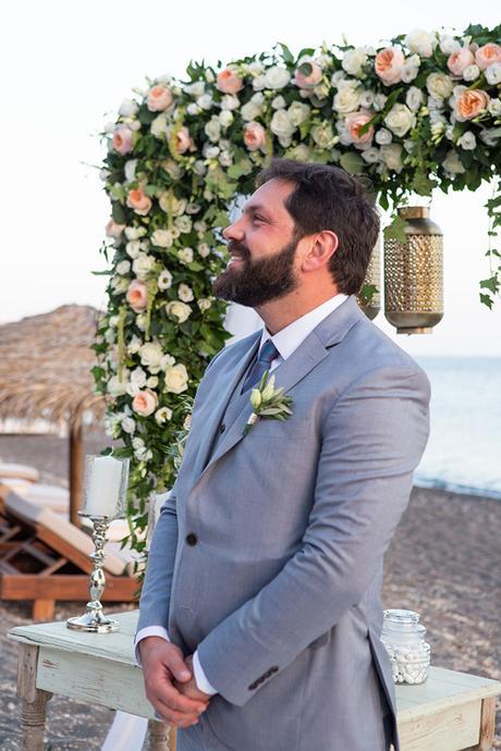 dreamy-wedding-santorini-peach-white-colors_15