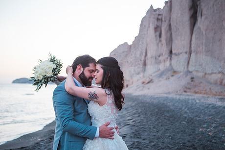 dreamy-wedding-santorini-peach-white-colors_02