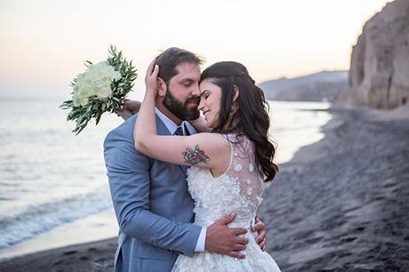 dreamy-wedding-santorini-peach-white-colors_01