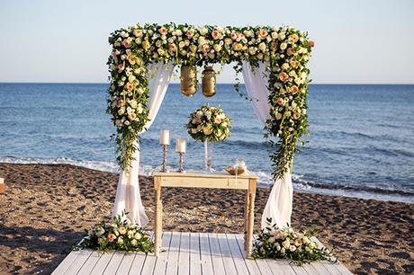 dreamy-wedding-santorini-peach-white-colors_11