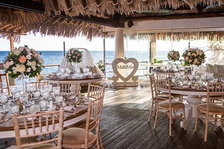 dreamy-wedding-santorini-peach-white-colors_23