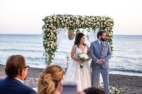 dreamy-wedding-santorini-peach-white-colors_17