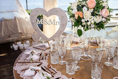 dreamy-wedding-santorini-peach-white-colors_24