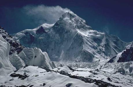 Alex Txikon Will Attempt K2 Traverse This Summer