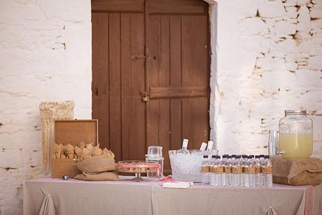 romantic-wedding-beautiful-folegandros_17