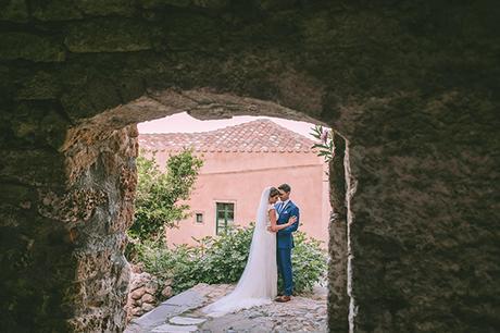 unforgettable-elegant-wedding-monemvasia_04x