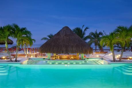 5 Things to do near Couples Swept Away, Negril #Travel #Jamaica #Honeymoon