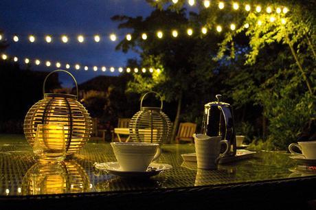 7 simple outdoor lighting solutions for your garden