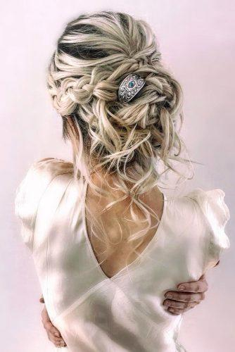 valentines day hairstyles wavy messy updo with loose curls and braids ethniv hairpin cruzmakeup