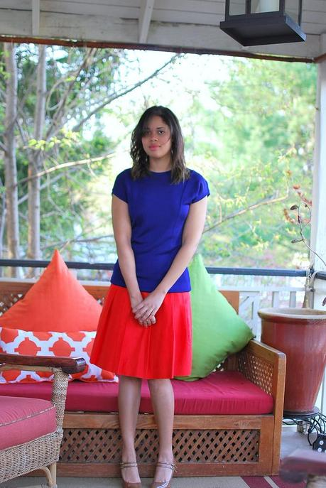 colorblocking red blue outfit