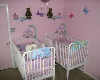 Moms of Twins Lifespan