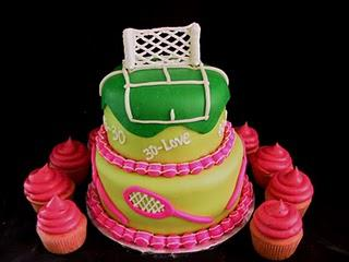 A Tennis Cake With Pink Cupcakes - Yum!